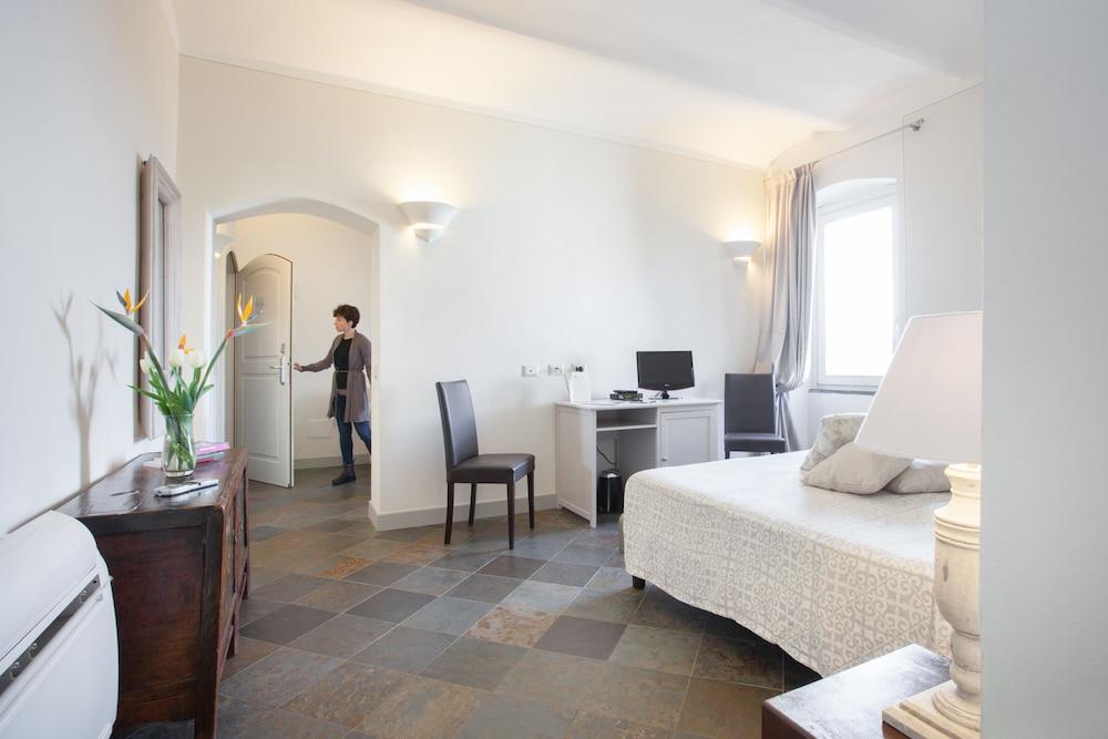 메이슨 트레스누라게스(Maison Tresnuraghes) Hotel Image 20 - Guestroom
