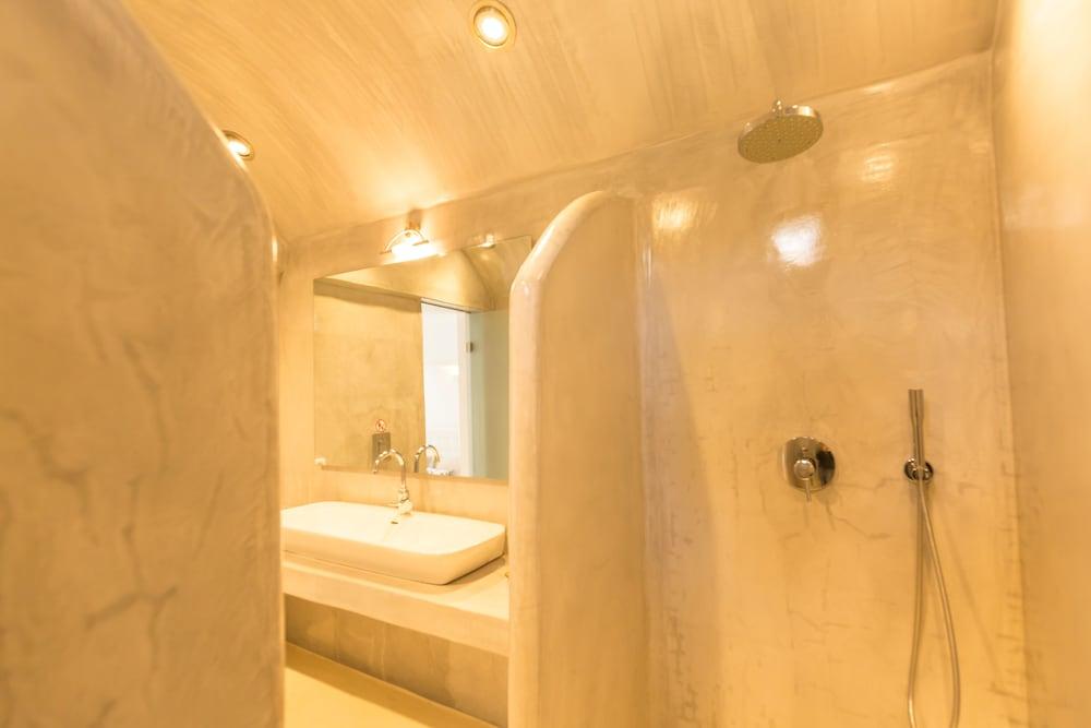 오이아 스위트(Oia Suites) Hotel Image 12 - Guestroom