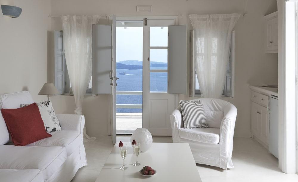 오이아 스위트(Oia Suites) Hotel Image 24 - In-Room Kitchenette