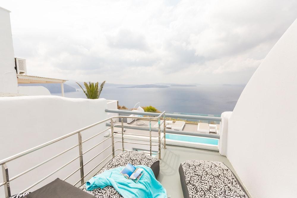 오이아 스위트(Oia Suites) Hotel Image 47 - Terrace/Patio