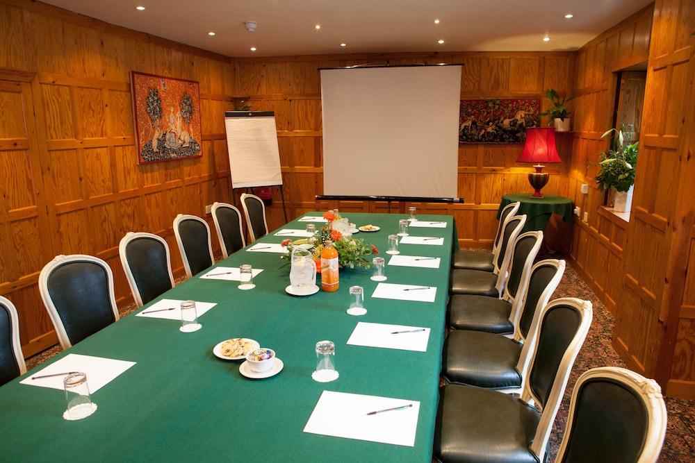 더 이브샘 호텔(The Evesham Hotel) Hotel Image 26 - Meeting Facility