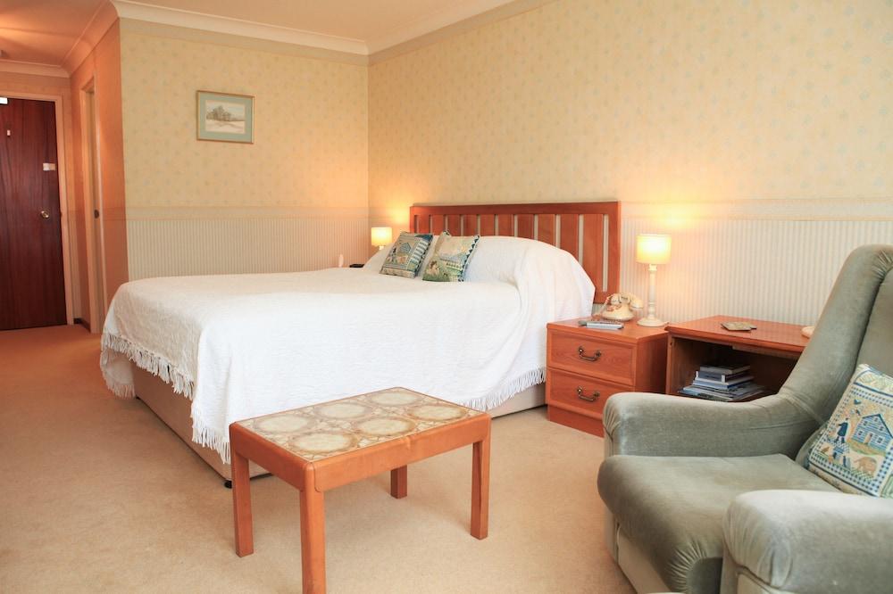 더 이브샘 호텔(The Evesham Hotel) Hotel Image 13 - Guestroom