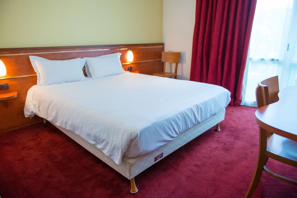 브릿 호텔 낭트 비그누 - 라틀란텔(Brit Hotel Nantes Vigneux - L'Atlantel) Hotel Image 9 - Guestroom
