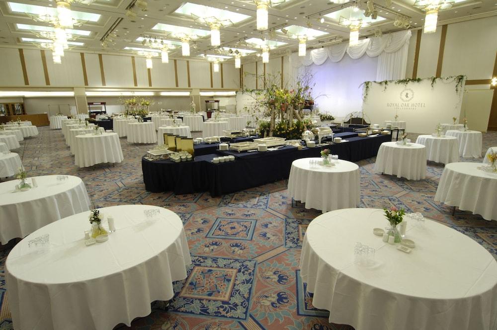 로얄 오크 호텔 스파 & 가든(Royal Oak Hotel Spa & Gardens) Hotel Image 34 - Ballroom