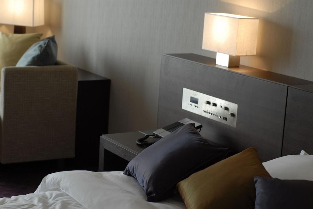로얄 오크 호텔 스파 & 가든(Royal Oak Hotel Spa & Gardens) Hotel Image 10 - Guestroom