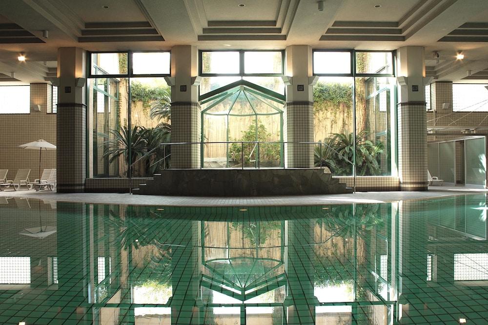 로얄 오크 호텔 스파 & 가든(Royal Oak Hotel Spa & Gardens) Hotel Image 19 - Exercise/Lap Pool