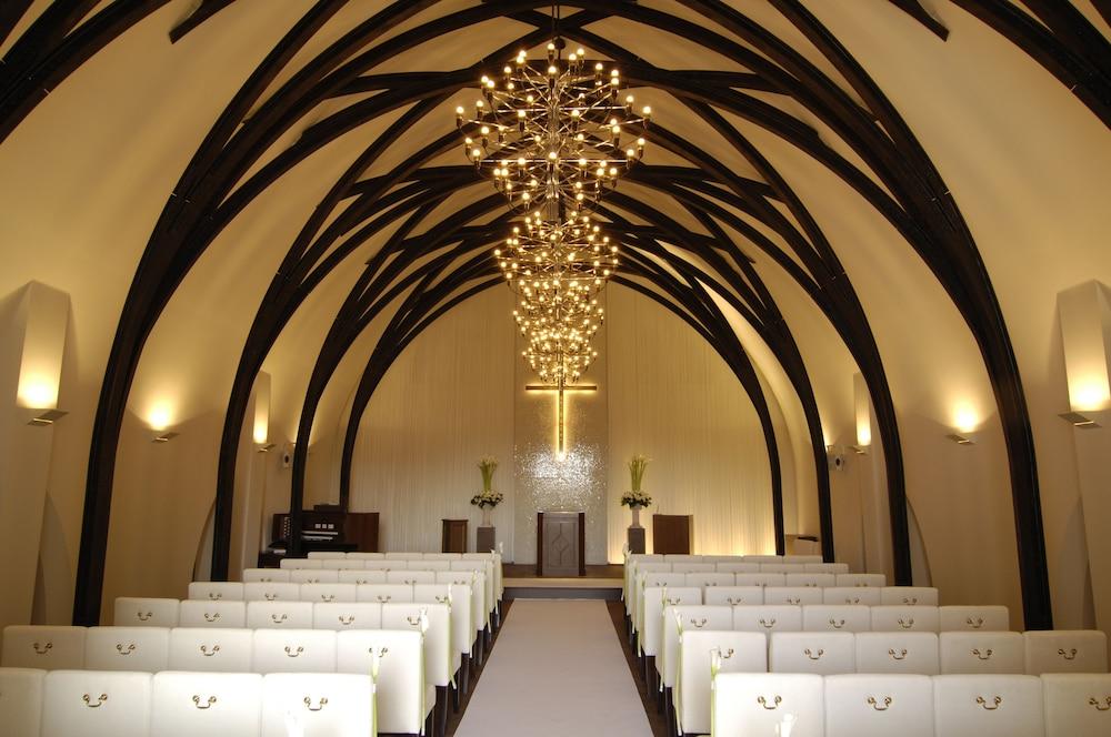 로얄 오크 호텔 스파 & 가든(Royal Oak Hotel Spa & Gardens) Hotel Image 37 - Chapel