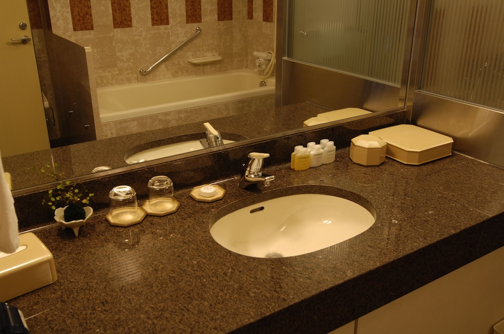 로얄 오크 호텔 스파 & 가든(Royal Oak Hotel Spa & Gardens) Hotel Image 13 - Guestroom