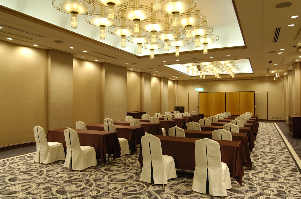 로얄 오크 호텔 스파 & 가든(Royal Oak Hotel Spa & Gardens) Hotel Image 38 - Meeting Facility