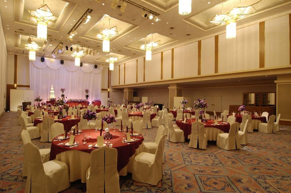 로얄 오크 호텔 스파 & 가든(Royal Oak Hotel Spa & Gardens) Hotel Image 36 - Banquet Hall