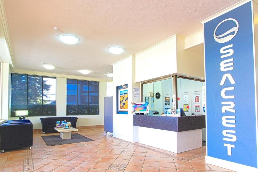시크레스트 비치프런트 홀리데이 아파트먼츠(Seacrest Beachfront Holiday Apartments) Hotel Image 24 - Reception
