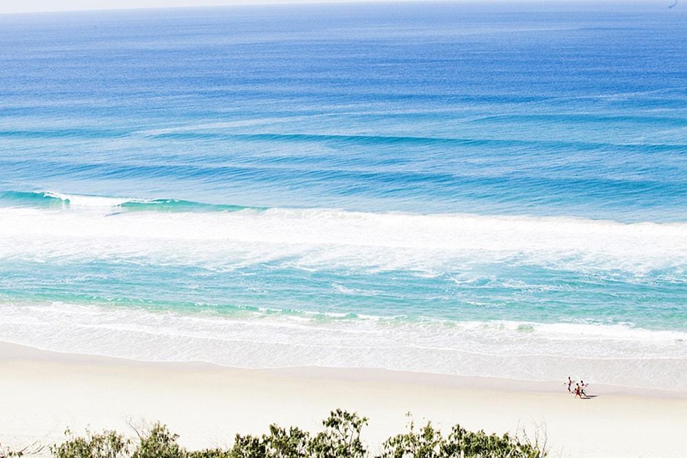 시크레스트 비치프런트 홀리데이 아파트먼츠(Seacrest Beachfront Holiday Apartments) Hotel Image 45 - View from Hotel