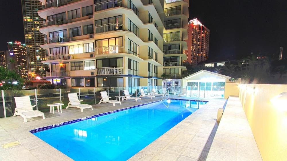시크레스트 비치프런트 홀리데이 아파트먼츠(Seacrest Beachfront Holiday Apartments) Hotel Image 22 - Outdoor Pool