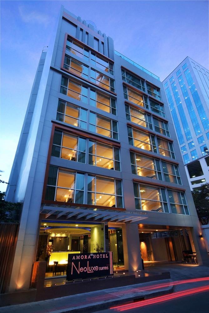 アモラ ネオラックス ホテル