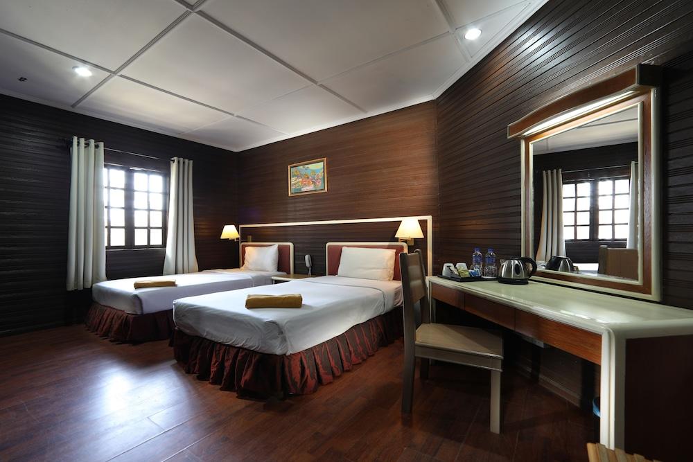 Perhentian Island Resort, Besut