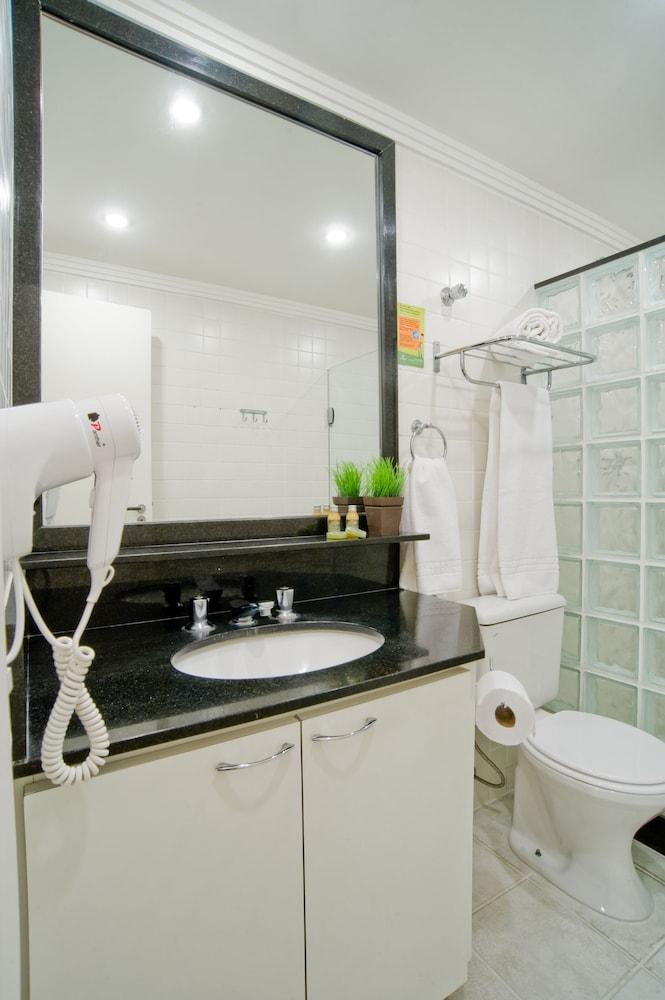 슬라비에로 슬림 콘곤하스(Slaviero Slim Congonhas) Hotel Image 27 - Bathroom
