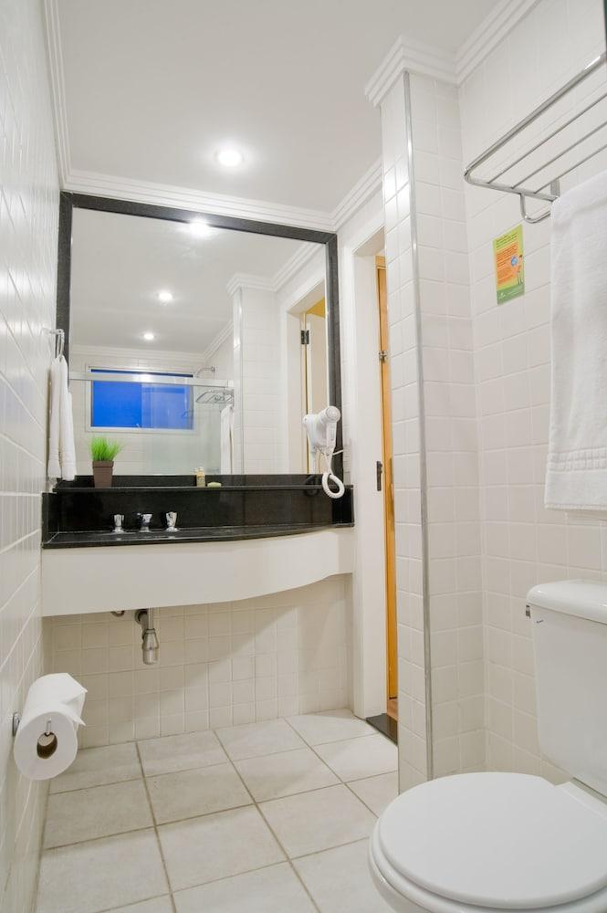 슬라비에로 슬림 콘곤하스(Slaviero Slim Congonhas) Hotel Image 29 - Bathroom