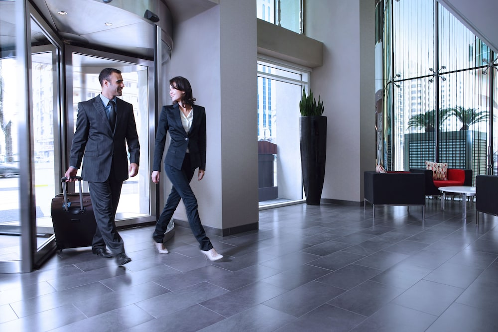 센트로 알 만할(Centro Al Manhal) Hotel Image 17 - Interior Entrance