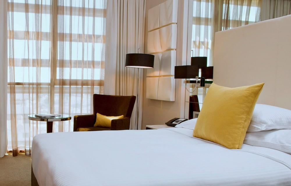 센트로 알 만할(Centro Al Manhal) Hotel Image 9 - Guestroom