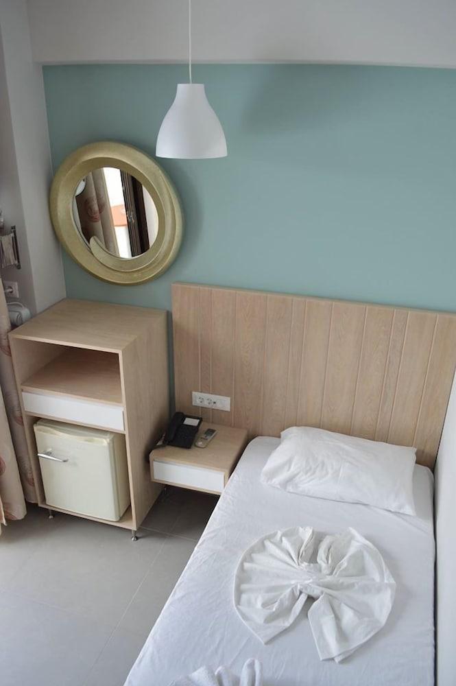 캐서린 호텔(Catherine Hotel) Hotel Image 0 - Featured Image