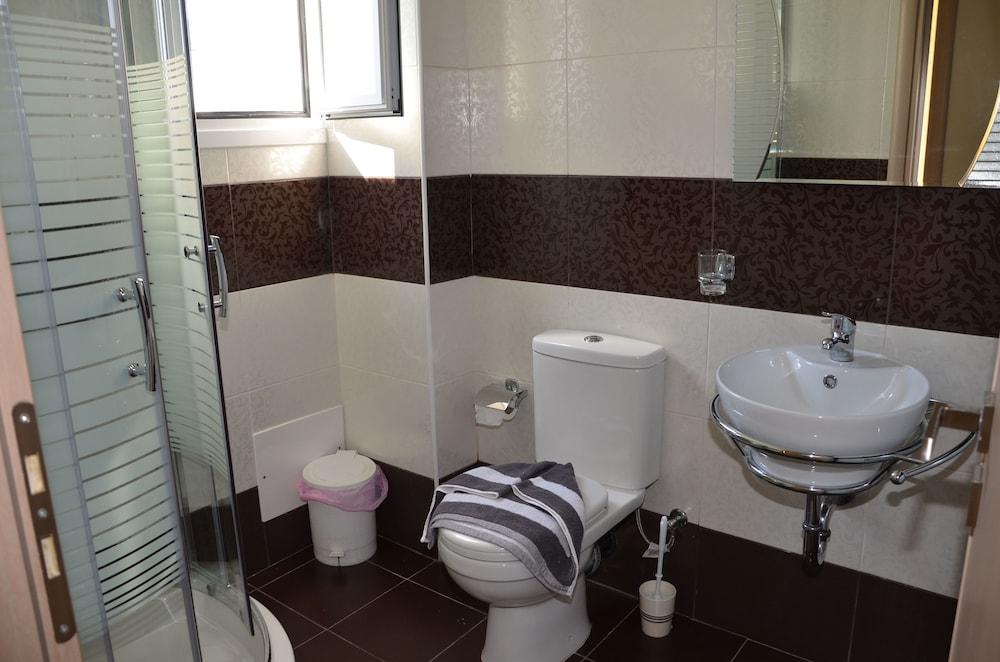 캐서린 호텔(Catherine Hotel) Hotel Image 16 - Bathroom