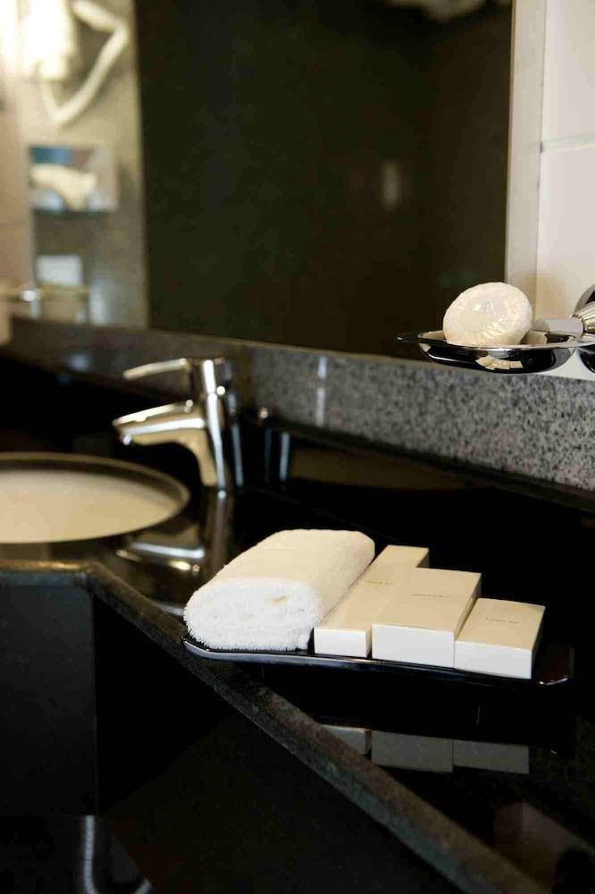 애비뉴 스위트(The Avenue Suites) Hotel Image 26 - Bathroom