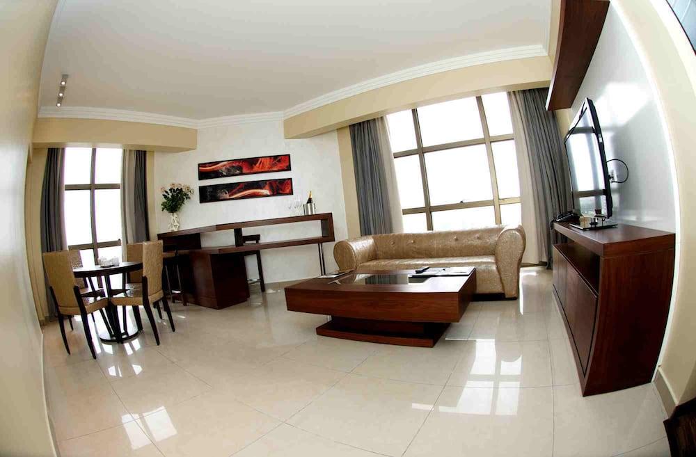 애비뉴 스위트(The Avenue Suites) Hotel Image 17 - Living Area