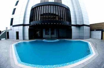 애비뉴 스위트(The Avenue Suites) Hotel Image 27 - Outdoor Pool