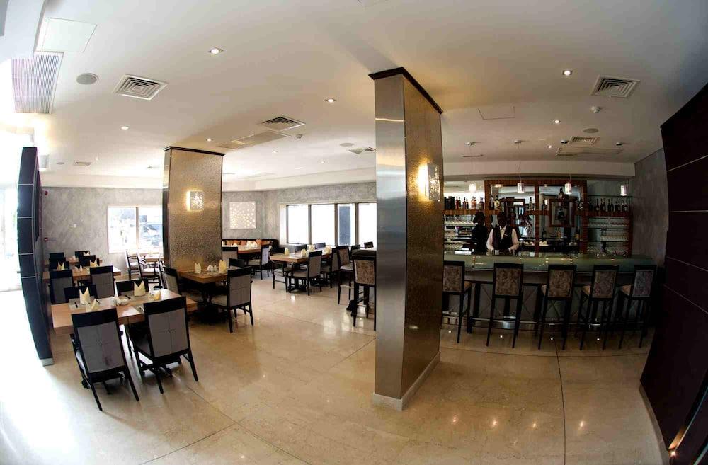 애비뉴 스위트(The Avenue Suites) Hotel Image 30 - Dining