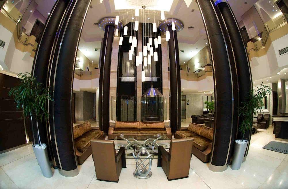 애비뉴 스위트(The Avenue Suites) Hotel Image 1 - Lobby