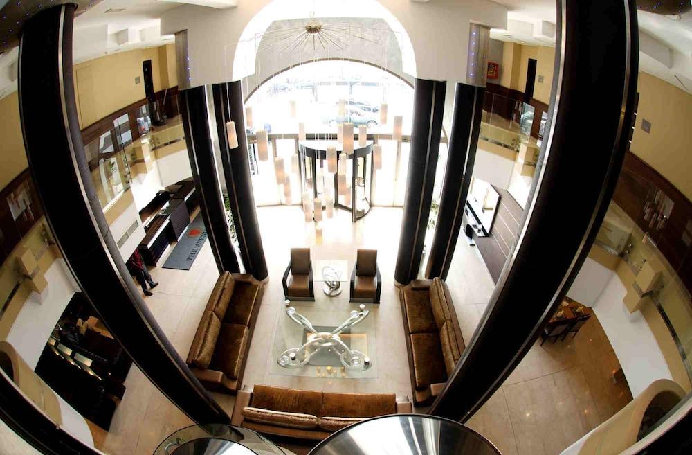 애비뉴 스위트(The Avenue Suites) Hotel Image 4 - Lobby