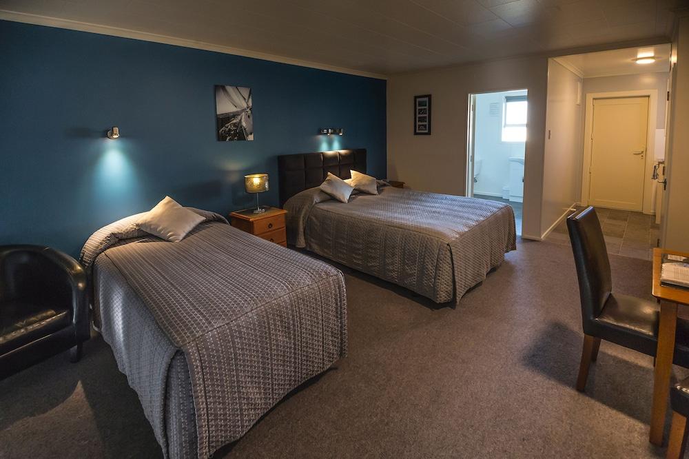 에이에이에이 템즈 코트 모텔(AAA Thames Court Motel) Hotel Image 18 - Living Room
