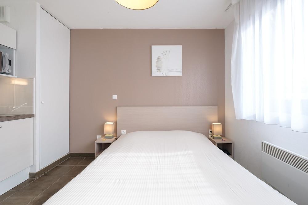 올 스위트 아파트 호텔 던커크(All Suites Appart Hotel Dunkerque) Hotel Image 17 - Living Area