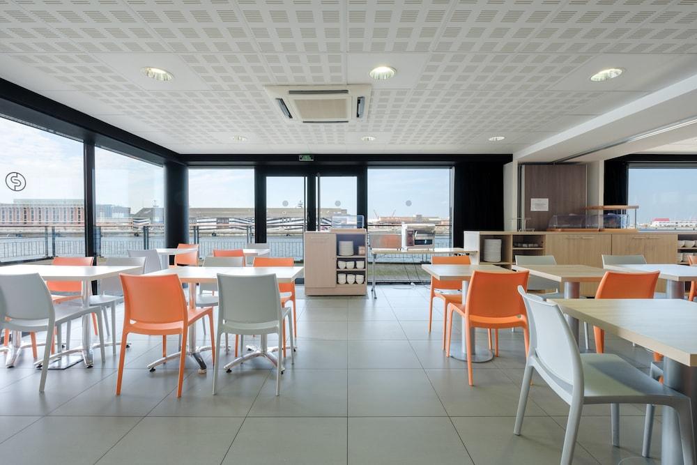 올 스위트 아파트 호텔 던커크(All Suites Appart Hotel Dunkerque) Hotel Image 35 - Breakfast Area