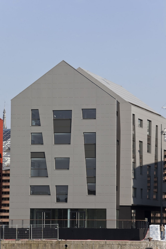 올 스위트 아파트 호텔 던커크(All Suites Appart Hotel Dunkerque) Hotel Image 54 - Hotel Front