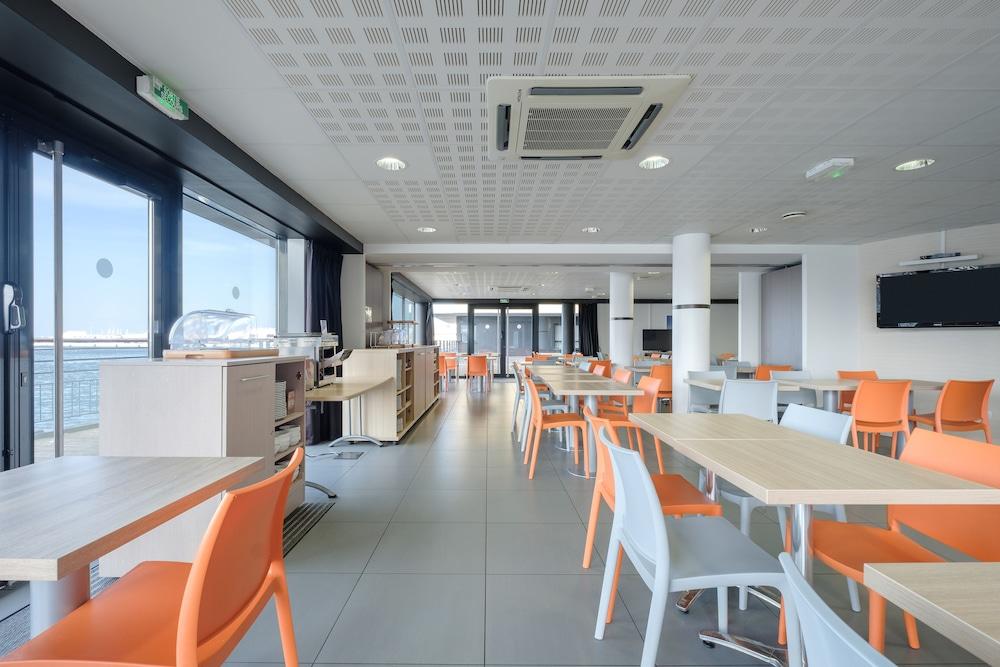올 스위트 아파트 호텔 던커크(All Suites Appart Hotel Dunkerque) Hotel Image 37 - Breakfast Area