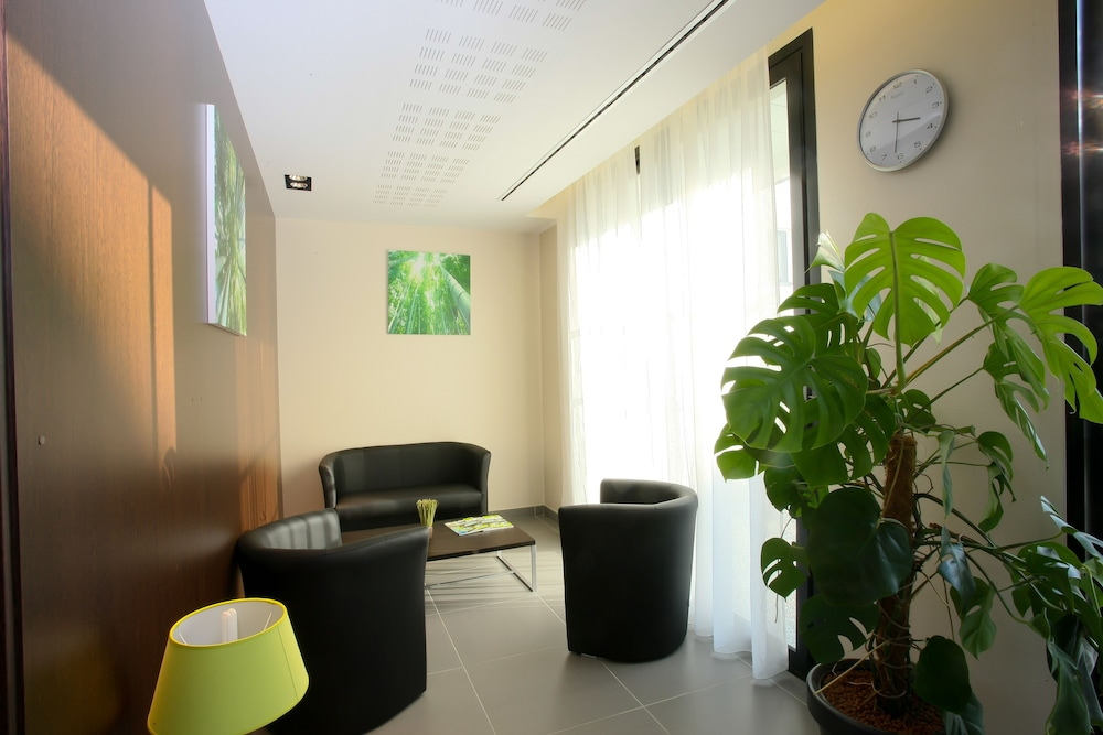 올 스위트 아파트 호텔 포(All Suites Appart Hotel Pau) Hotel Image 24 - Hotel Interior