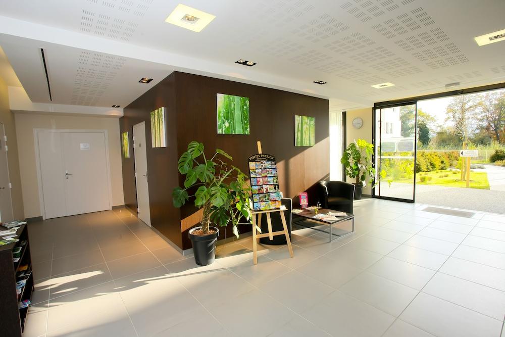올 스위트 아파트 호텔 포(All Suites Appart Hotel Pau) Hotel Image 20 - Interior Entrance