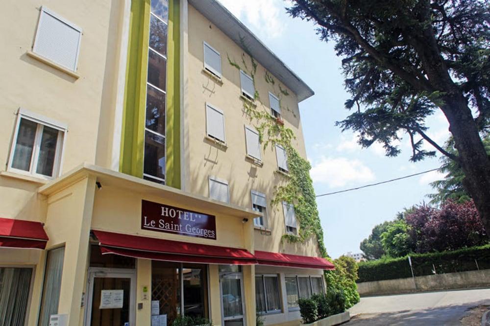르 생조르주(Le Saint Georges) Hotel Image 10 - Hotel Entrance