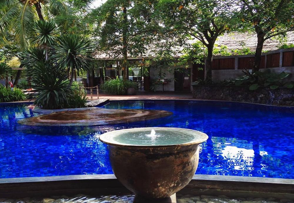 빌라 사마디 콸라 룸푸르(Villa Samadhi Kuala Lumpur) Hotel Image 26 - Outdoor Pool