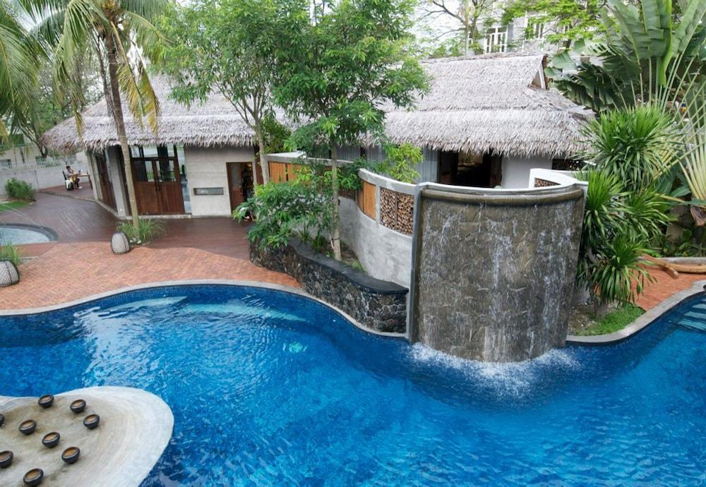 빌라 사마디 콸라 룸푸르(Villa Samadhi Kuala Lumpur) Hotel Image 29 - Outdoor Pool