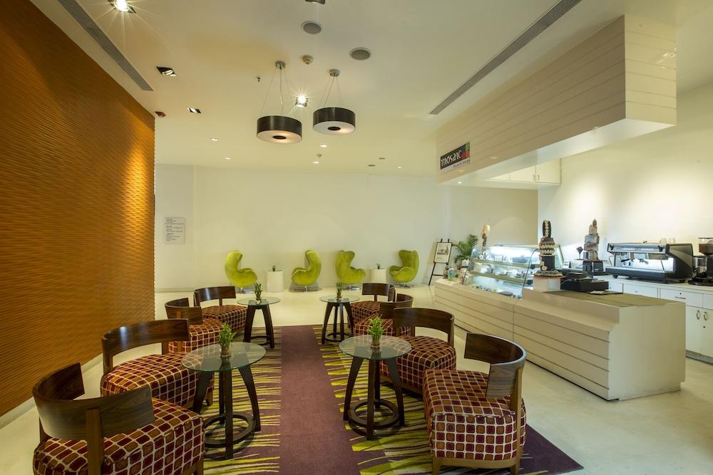 크라운 플라자 푸네 시티 센터(Crowne Plaza Pune City Centre) Hotel Image 27 - Sports Facility