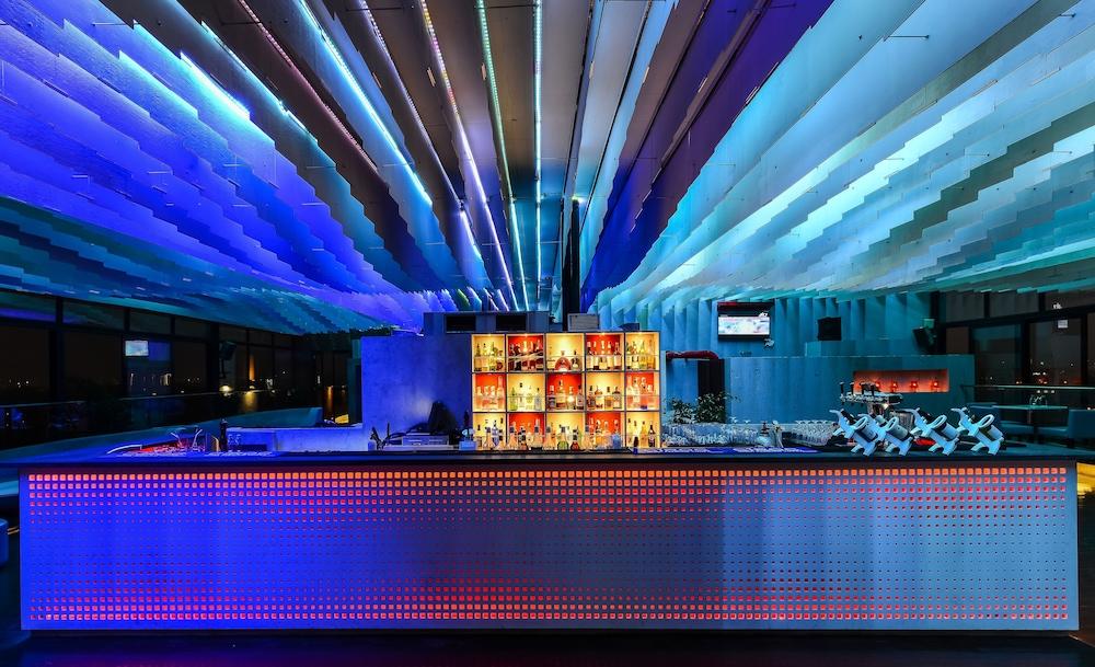 크라운 플라자 푸네 시티 센터(Crowne Plaza Pune City Centre) Hotel Image 67 - Nightclub