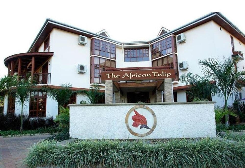 아프리칸 튤립 호텔(The African Tulip Hotel) Hotel Image 32 - Exterior