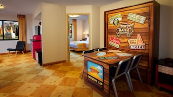Cars family suite