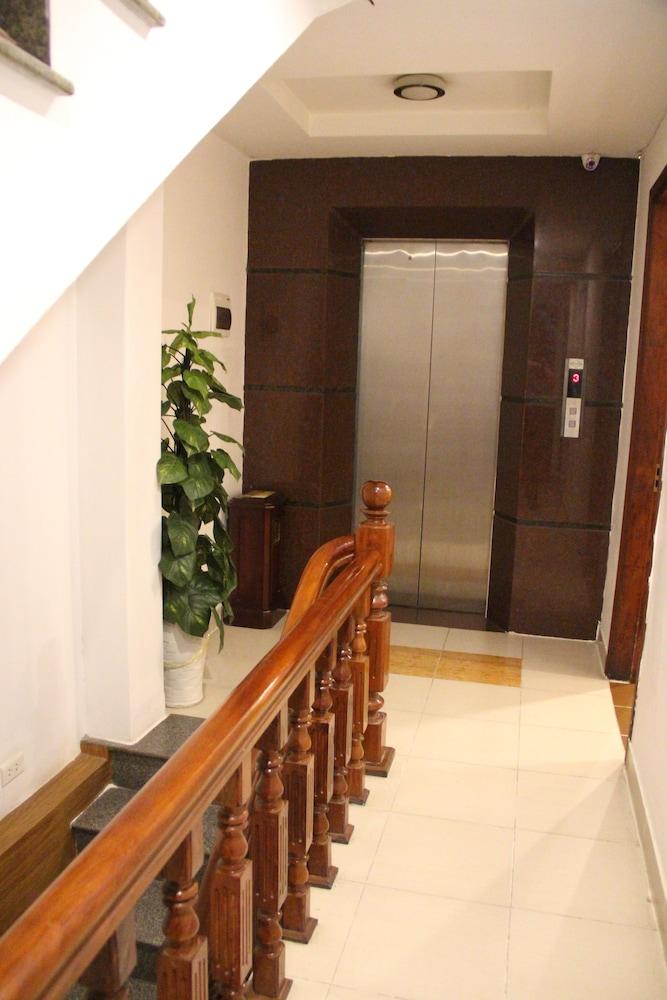 타이슨 그랜드 호텔(Parkson Hotel Hanoi) Hotel Image 49 - Terrace/Patio