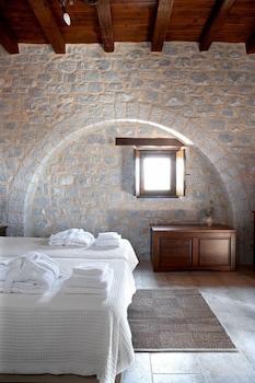 페트라 카이 포스 부티크 호텔 & 스파(Petra Kai Fos Boutique Hotel & Spa) Hotel Image 3 - Guestroom