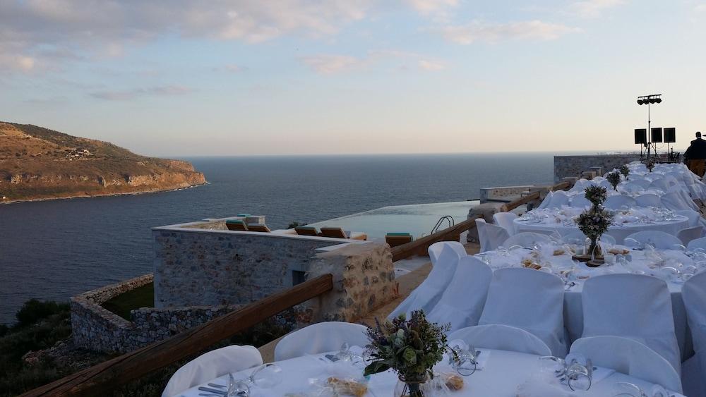 페트라 카이 포스 부티크 호텔 & 스파(Petra Kai Fos Boutique Hotel & Spa) Hotel Image 57 - Outdoor Dining