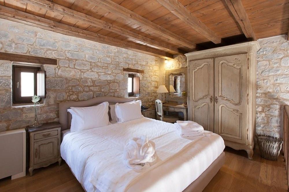 페트라 카이 포스 부티크 호텔 & 스파(Petra Kai Fos Boutique Hotel & Spa) Hotel Image 15 - Guestroom