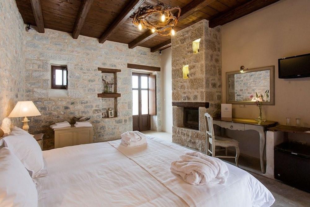 페트라 카이 포스 부티크 호텔 & 스파(Petra Kai Fos Boutique Hotel & Spa) Hotel Image 10 - Guestroom